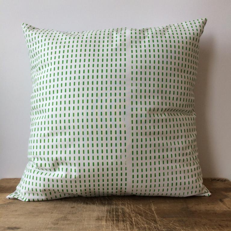pillow043